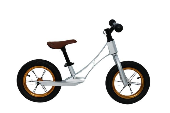 儿童平衡自行车-HY 121 (2~4 岁)